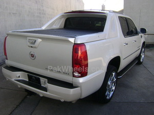 Cadillac Escalade Ext For Sale In Karachi Pak4wheels Com Buy Or